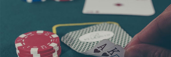 The-Best-3-Live-Casino-Online-Games-Poker